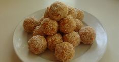 Így is lehet. Krispie Treats, Rice Krispies, Dog Food Recipes, Cereal, Muffin, Breakfast, Morning Coffee, Dog Recipes, Muffins