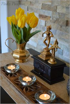 Brass Vignettes, Flower vignettes, Flowers décor, Global Décor, Global Décor Design, India inspired decor, My home, Spring Blooms, Spring Decor, Spring touches around home, Spring vignettes, Tulip Decor