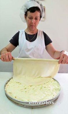 Pita Recipes, Greek Recipes, Vegan Recipes Beginner, Cooking Recipes, Yummy Snacks, Yummy Food, Greek Cake, Cypriot Food, Greek Pastries
