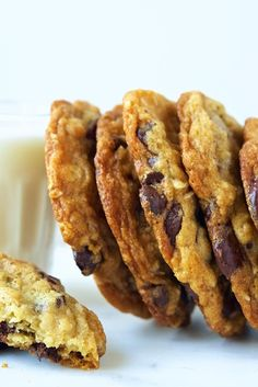 Hannah says: For my tastebuds, they ẃere too sweet and had too much chocolate, BUT your mileage may very... lots of folks loved them.  The texture is spot on, perfect amount of crisp and chew.  Chocolate Chip Oatmeal Cookies Recipe