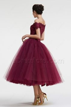 The burgundy prom dress features off the shoulder neckline with scalloped lace, basque waist, layered ball gown skirt makes you feel like a princess, tea length.