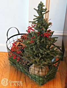 Looking for for ideas for farmhouse christmas tree? Check this out for cool farmhouse christmas tree inspiration. This unique farmhouse christmas tree ideas looks absolutely wonderful. Decoration Christmas, Christmas Porch, Christmas Centerpieces, Xmas Decorations, Rustic Christmas, Winter Christmas, Christmas Wreaths, Holiday Decor, Christmas Tree Basket