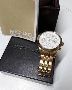 Relógio #MichaelKors original com certificado de autenticidade.  #MichaelKors / R$39900  #brechócamarimtododianovidade  #brecho.