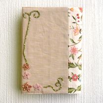 アイテム写真 -- bead embroidered book cover pattern