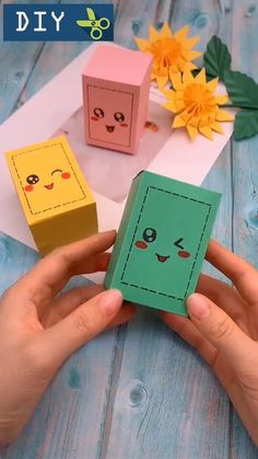 If you want to give a gift to your friend, please make a gift box yourself Diy Crafts For Teens, Diy Crafts Hacks, Diy Crafts For Gifts, Diy Home Crafts, Creative Crafts, Fun Crafts, Diy Projects, Crafts With Friends, Diy Gifts Videos