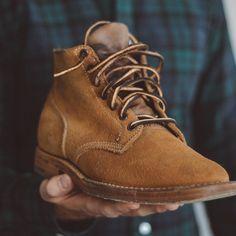 Bring on the boots and blackwatch  @vibergboot boondockers via @rivetandhide and @bonobos oxford. . . . #viberg #boondockers #blackwatch #bonobos #dailylast #goodyearwelt #rakish #rakishgent #classicmenswear #stylishmen #menstailoring #stylishgent #madetobeworn #styleforum #mensshoes #mnswr #shoeshine #shineyourshoes #shoegazing #ptoman #shoegazingblog #shoesoftheday #shoestagram #mensweardaily #menswearblog #shoecare Your Shoes, Men's Shoes, Viberg Boots, Goodyear Welt, Stylish Men, Oxford, Menswear, Footwear, Wedges