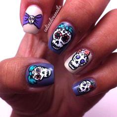 sugar skull by celinedoesnails Sugar Skull Nails, Skull Nail Art, Pretty Hands, Pretty Eyes, Halloween Nails, Halloween Makeup, Get Nails, Fabulous Nails, Holiday Nails