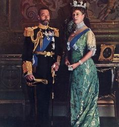 Favourite Couples Spam King George V and Queen Mary In December 1891, Mary became engaged to her second cousin once removed, Prince Albert Victor, Duke of Clarence and Avondale, the eldest son of King Edward VIII then Prince of Wales. The choice of...
