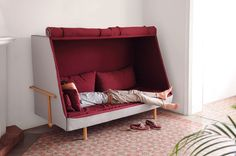 Orwell sofa by Goula. A cabin-like experience cross between a bed and a sofa :)