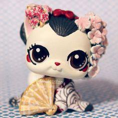 Geisha inspired LPS custom by pia-chu.deviantart.com on @DeviantArt