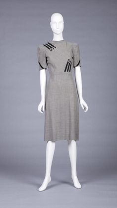 Dress1943-1944The Goldstein Museum of Design