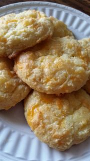 Trim Healthy Mimi   Real Life..Real Food..Real Health...Garlic Cheddar baked biscuits