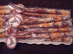 Lollipops & Paper: October 2010