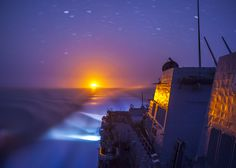Around the World Wednesday: The Arleigh Burke-class guided-missile destroyer USS Truxtun transits the Red Sea. (There's no filter on this photo, by the way.) #AmericasNavy #USNavy #Navy navy.com