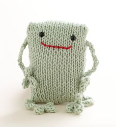 Martha Stewart Knitting Loom Patterns | Free Loom Pattern L10219 Loom Knit Frog : Lion Brand Yarn Company