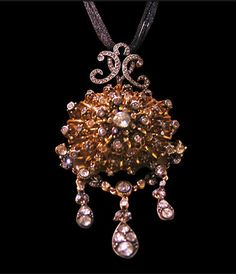 Magnificent universal designs from the jewelry master Surmak Susmak..... Every unique design has a story, uncompromising quality, after several months of exhaustively studied preparing of wonderful jewelry, these will be present at Istanbul Jewelry Show between March 20 to 23, 2014 at CNR Expo Mega Hall Booth 6A 35.