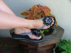 Andrea's Bow Cottage: Flip Flops With Flair!! Tutorial to make the ribbon brade