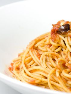 A hearty pasta sauce with tomatoes, capers, crushed red pepper, kalamata olives and anchovies.