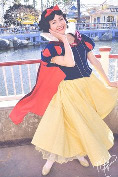 Disney And More, Disney Love, Snow White Disney, Fairest Of Them All, Disney Bound Outfits, Disney Face Characters, Disney Aesthetic, Disney Cosplay, Disney Girls
