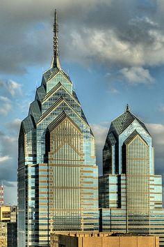One and Two Liberty Place, Center City, Philadelphia, Pennsylvania, 1987-1990, architect: Helmut Jahn. by Photodavid