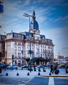 Retiro   Terminal de trenes Belgrano Norte   #buenosaires #ig_buenosaires #bsas_streetphotography #arquitectura #edificioshistoricos #belgranonorte #argentina #streetstyle #nikon #fotoscallejeras #retiro #urbanosaires #buenosairescity