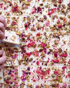 Julie Resnick @thefeedfeed This White #Chocolate Bark w/ #Roses, #Pistachios, Freeze-dried #Strawberries & Pink Sea Salt by @now_forager beats a dozen #roses any day!