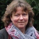 Rianne - workshopleider Rianne Hofmais een van de laatste 'kleuterleidsters' die haar opleiding nog aan de KLOS gevolgd heeft. Ze is een enthousiaste leerkracht d...