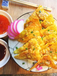 A delicious fried pork filled appetizer. Uncooked leftovers can be frozen and used for a quick meal like fried wontons, boiled in wonton soup, or steamed wontons.