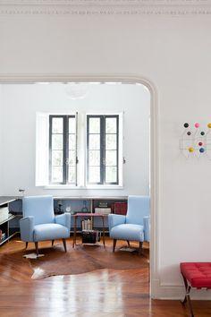 We Hostel Design in São Paulo   by Felipe Hess