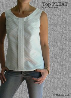 """Top PLEAT by MyDress-Made Here is a model proposed by Colette patterns, a very well cut tank top and a formidable simplicity! You have understood the central PLEAT is the detail seems to be a """"tie"""", dixit a colleague that I interpret as """"chic"""" detail;)))"""