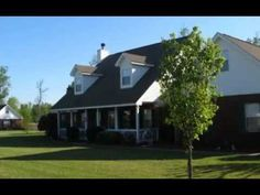 Southern Landscape Management is a fully licensed and insured residential and commercial lawn care company serving the Coastal Empire community.