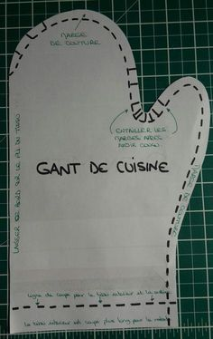 gants et manique de cuisine Sewing Hacks, Sewing Tutorials, Sewing Projects, Sewing Patterns, Coin Couture, Couture Sewing, Pot Holders, Diy And Crafts, Knitting