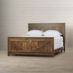 Gilby Queen Panel Bed