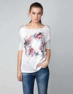 Camiseta Bershka tejidos combinados