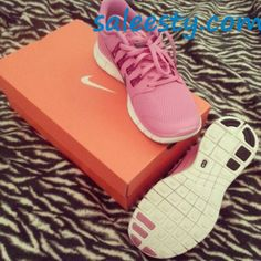 I like pink #Nikes     as usual, a pair of Nike's Shoes for Cheap im in love with and I can't find them.