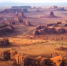Monument Valley Utah USA, way home Capitol Reef National Park, Zion National Park, National Parks, Voyage En Camping-car, Voyage Usa, Color Photography, Abstract Photography, Nature Photography, Street Photography