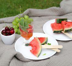 - Den Sommer geniessen: 5-Sterne Picknick im Garten - Tipps - Inspiration Food Inspiration, Watermelon, Fruit, Summer Recipes, Tips, Garten, Essen
