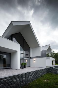 Inspiration of the latest modern house designs architecture Modern Architecture House, Beautiful Architecture, Residential Architecture, Modern House Design, Interior Architecture, Contemporary Buildings, Contemporary Design, Villa Design, Chinese Architecture