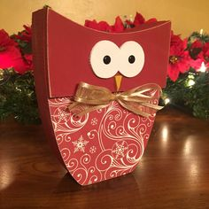 Wood Christmas owl added to the shop !
