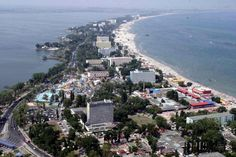 Constanta is the second largest city in Romania and the biggest port at the Black Sea coast. Mamaia is one of the best resorts in Romania located North of Constanta city. Best Resorts, Online Travel, Black Sea, Beach Fun, Manila, Istanbul, City Photo, Beautiful Places, Wonderful Places