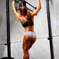 @bodybuilding_motivations photo: @anadfitness