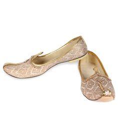 7cf410c571 Greentree Jutti Handmade Mojari Punjabi Juti Ethnic Mens Shoes. Snapdeal