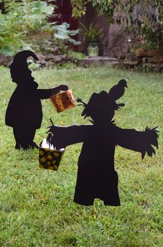 Halloween Ideas: Trick-Or-Treaters On The Lawn >> http://www.hgtvgardens.com/halloween/make-frightening-garden-silhouettes-for-halloween?soc=pinterest&s=3