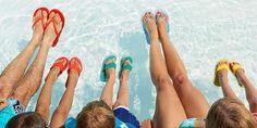 Da Jeder Warzenbehaftete Fuß Virenhaltige Zellen Auf Dem Boden Hinterlässt,  Sollten Sie In Schwimmbädern Immer