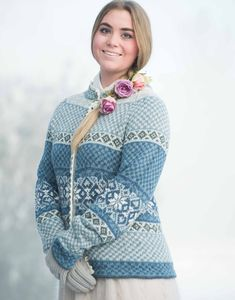 Ravelry: Frosty Rose/ Frostrosa pattern by Karihdesign Kari Hestnes Etnic Pattern, Knitting Patterns, Crochet Patterns, Fair Isle Knitting, Clothing Patterns, Mittens, Tweed, Knitwear, Knit Crochet