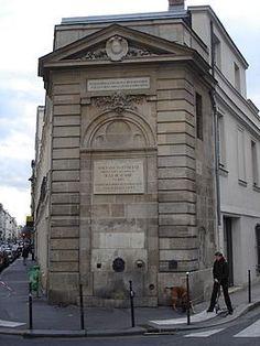 Paris 3e - Place Olympe de Gouges - La Fontaine Boucherat avec la rue Turenne à gauche et la rue Chalot à droite .