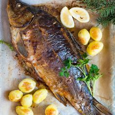 Chińskie pierożki dim sum z mięsem Polish Recipes, Polish Food, Witches Cauldron, Dim Sum, Seafood, Food Photography, Pork, Turkey, Menu