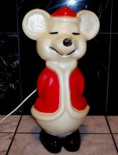 Vintage Christmas Blow Mold ~ Mouse w/ Red Santa Coat by Union Products