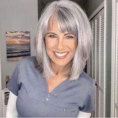 Medium Hair Styles, Short Hair Styles, Grey Hair Transformation, Silver Haired Beauties, Grey Hair Inspiration, Mom Hairstyles, Haircuts, Long Gray Hair, Fru Fru