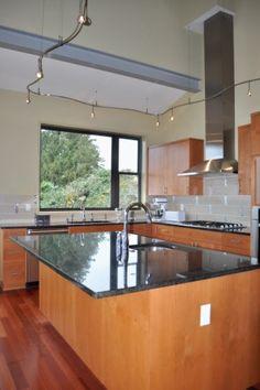 Choice Construction, Remodel, Custom Homes, Gig Harbor, Kitchen, Range Hood, Gas Stove, Lighting